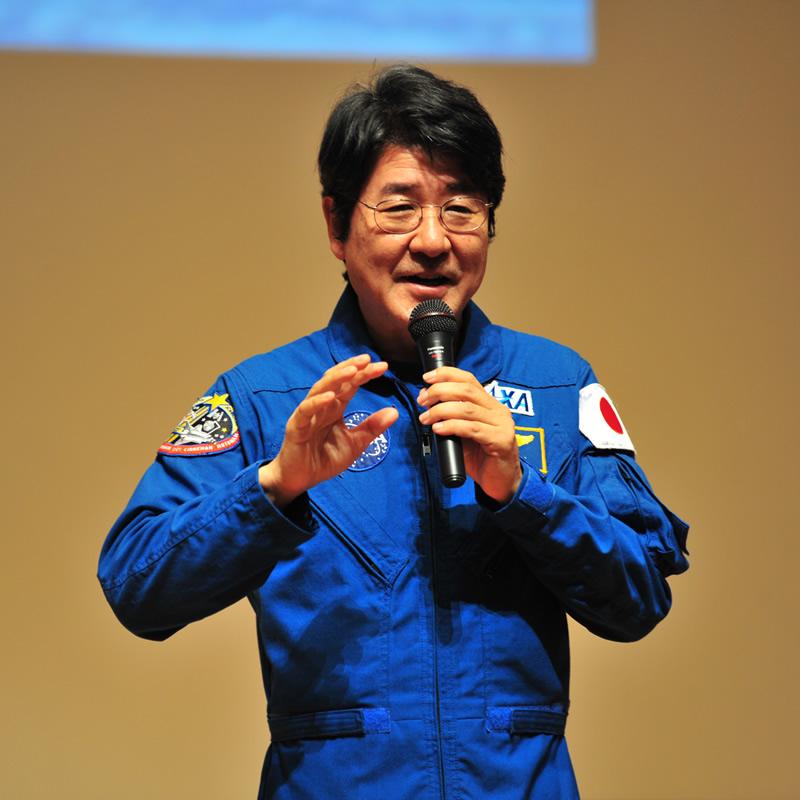 土井隆雄先生